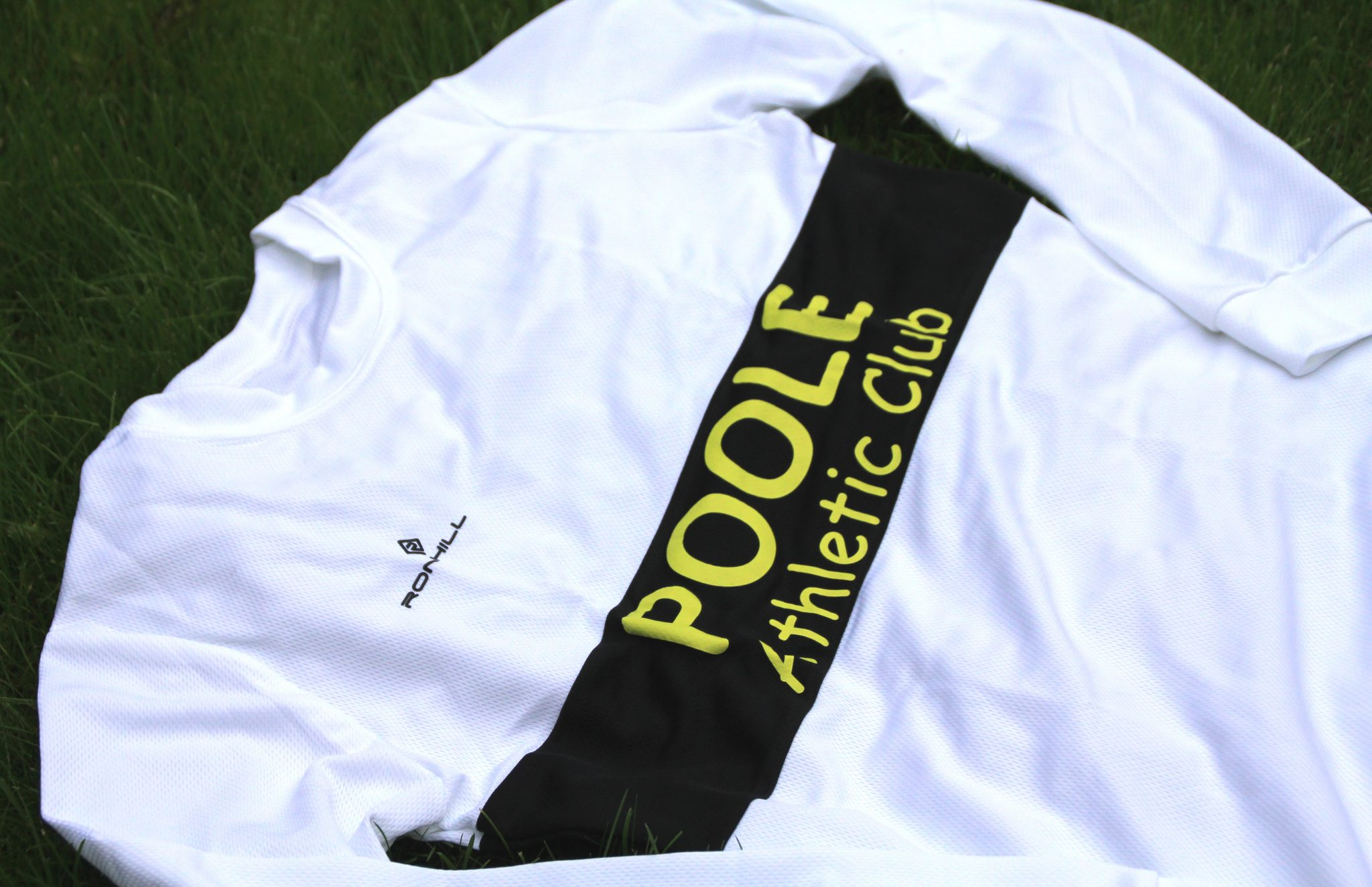 Poole AC road running long sleeve top